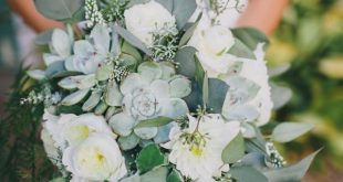 10 Popular Wedding Flowers
