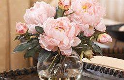 Fake Flowers & Foliage:: Fabulous or Faux Pas