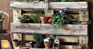 Balkon, Dekoration, Lagerung, Blumenkasten (wenn ein Balkon verfügbar ist)