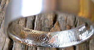 Finger Print Hochzeit oder Jubiläumsband in Palladium mit flachen Ring Profilgröße 9
